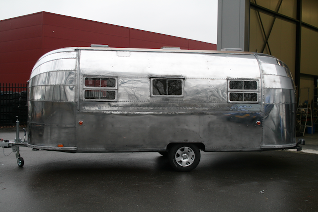 competitive price d969d ecd9d Vintage Airstream USA